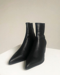 skinny ankle boots